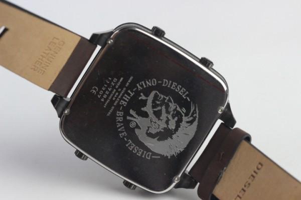 Réplica de relógio  REPLICA DE RELOGIO DIESEL 5 BAR
